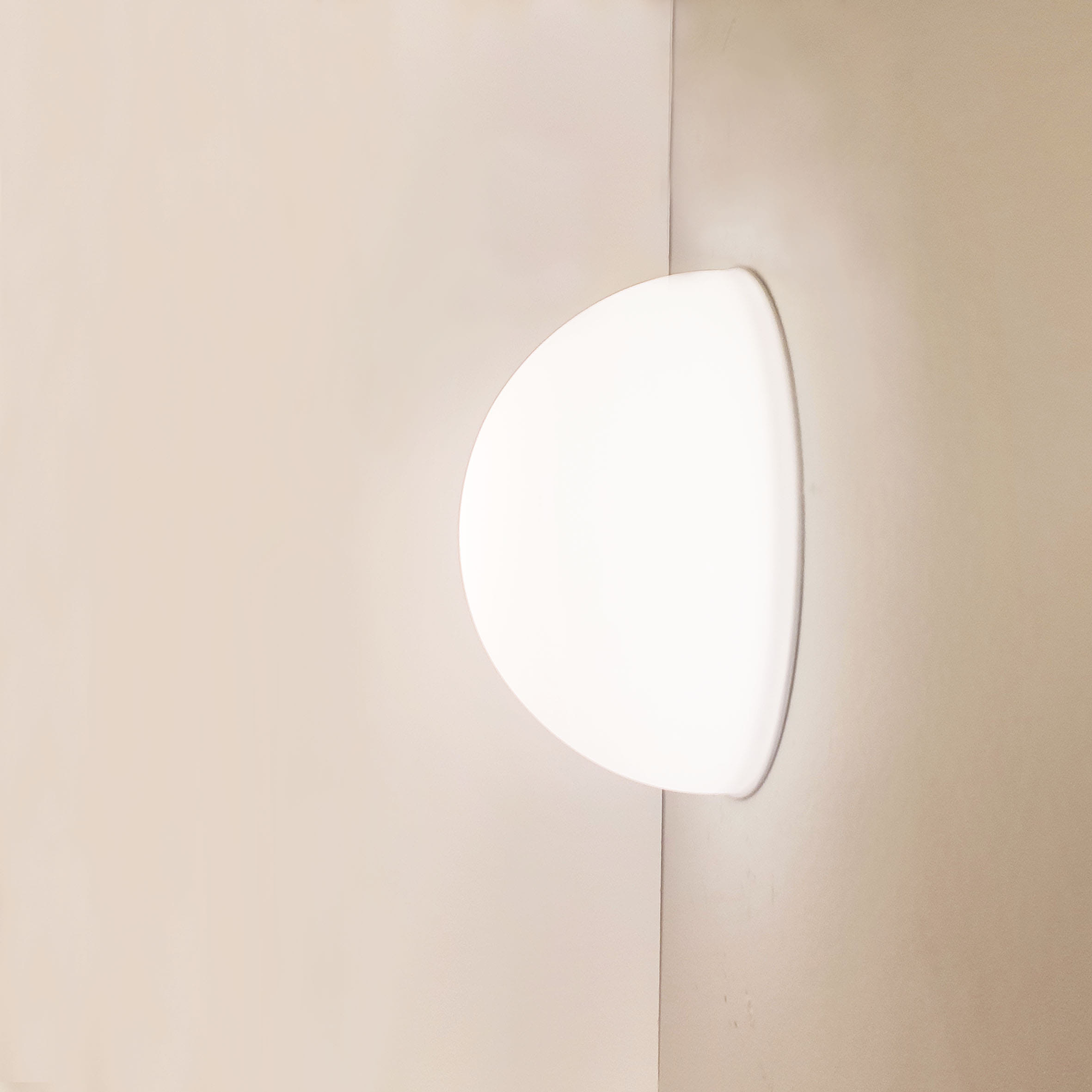 half moon wall lamp